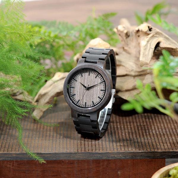montre en bois ebene photo