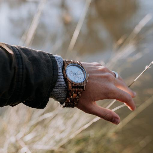 montre en bois luxy homme poignet