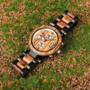 montre en bois moderne chrono cadran