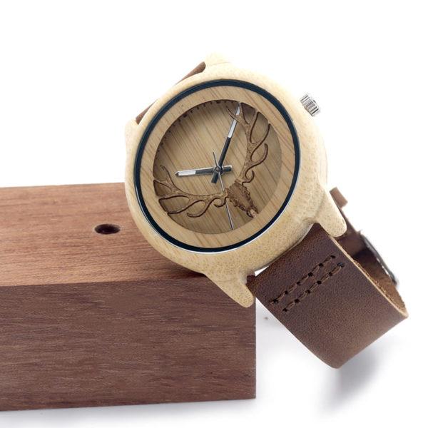 montre en bois motif cornes boite