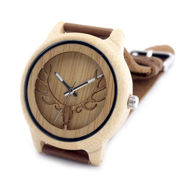 montre en bois motif cornes cadran