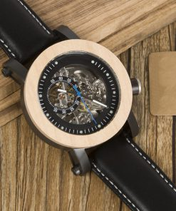 montre en bois mecanique cuir
