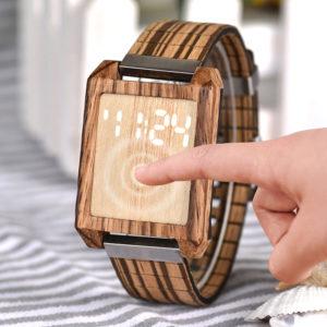 montre en bois numerique tactile