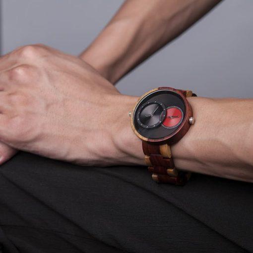 montre en bois satin rouge luxe