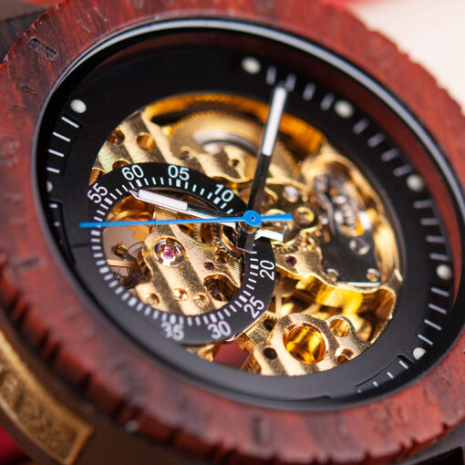 montre en bois mecanique chronos bordeaux cadran