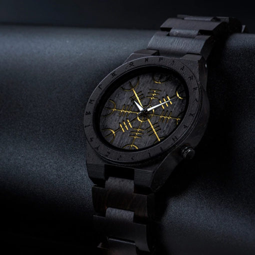 montre en bois rune noir haut de gamme
