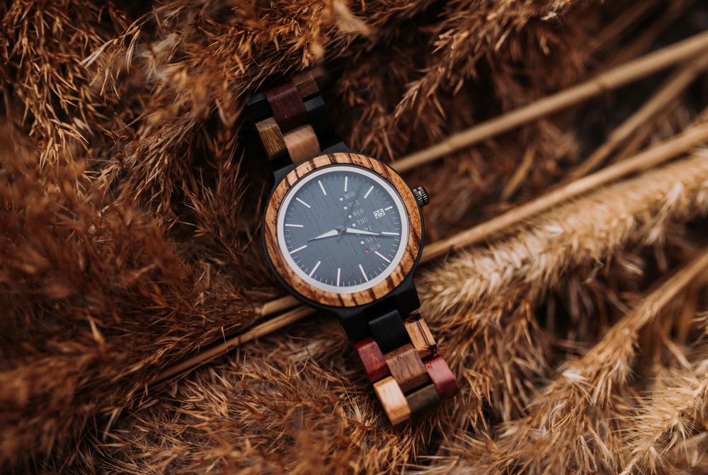 montre en bois etanche resistante eau