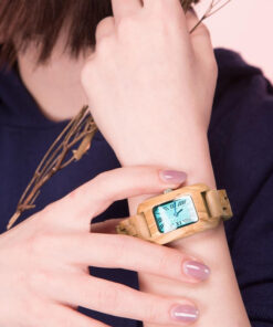 montre en bois femme chrome olivier poignet