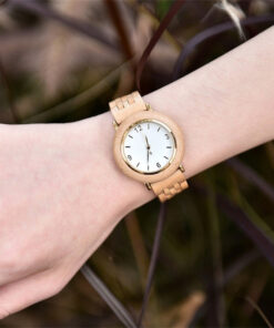 montre en bois femme polar olivier poignet