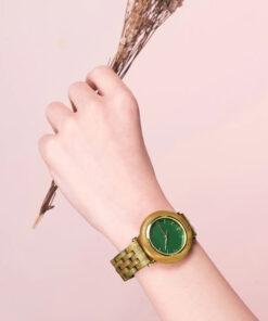 montre en bois femme polar santal poignet